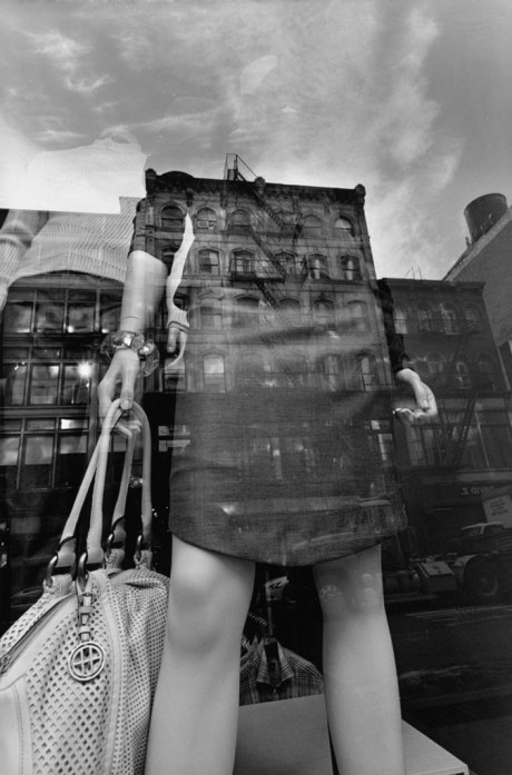 New York City, 2011 gelatin-silver print 18-1/2 x 12-1/4 inches (image) 20 x 16 inches (sheet) (white mesh bag) © Lee Friedlander, courtesy Fraenkel Gallery, San Francisco
