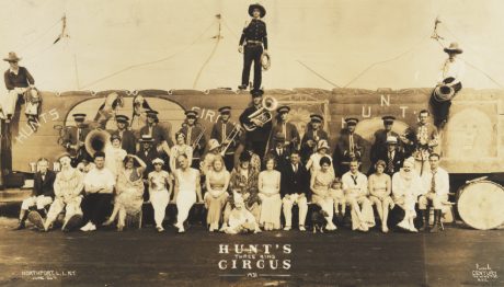 Photograph: Kelty, E.J., Hunt's 3 Ring Circus 1921