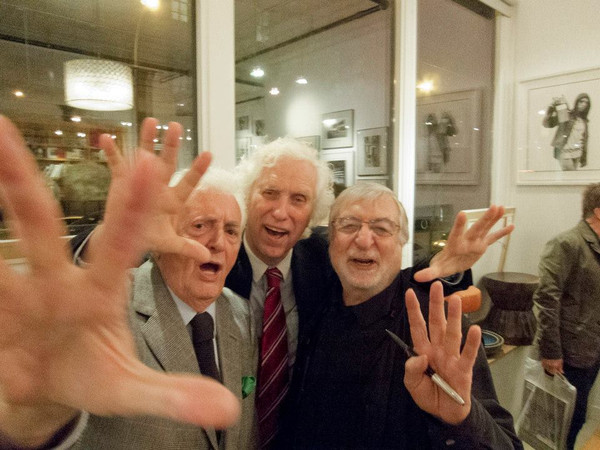 Photographers Harry Benson, Douglas Kirkland, and Jean-Pierre Laffont at the launch of Photographer's Paradise: Turbulent America 1960-1990. Photograph by Benjamin Petit.